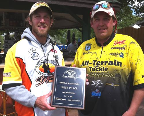 Jeff Bosshardt Brad Cline winners 5-31-2011 Super 30 Minnetonka
