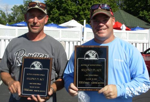 Todd Doege Bob Hennen 2nd place 8 20 2012 bass tourney